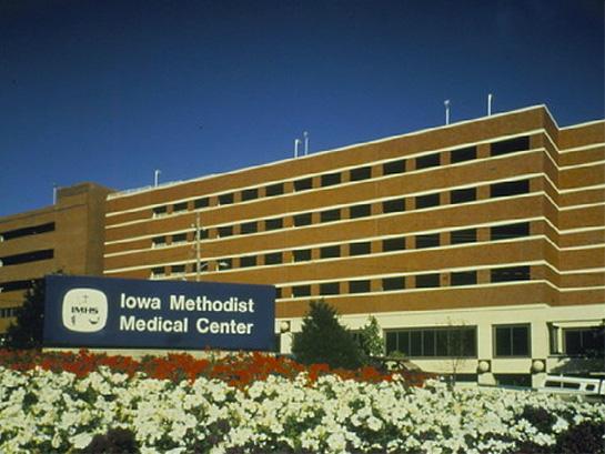 Iowa Methodist Medical Center Parking Structure
